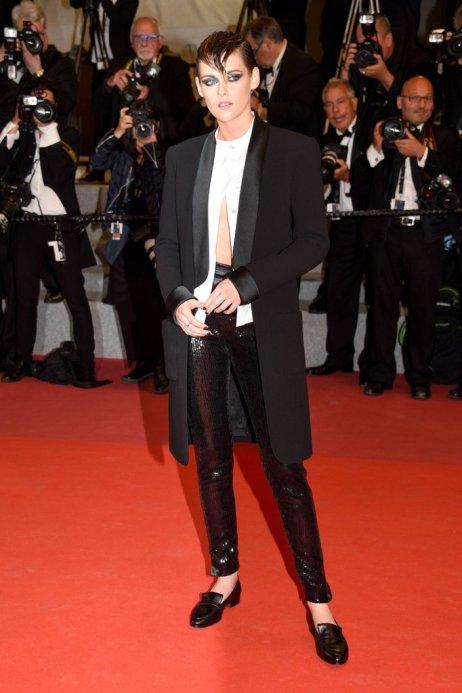 Kristen-Stewart-Wearing-Loafers-Cannes-Film-Festival-2018