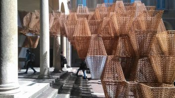 Conifera-3D-printed-bioplastics-installation-COS-Mamou-Mani-2019-Milan-Design-Week-Inexhibit-4-870x489
