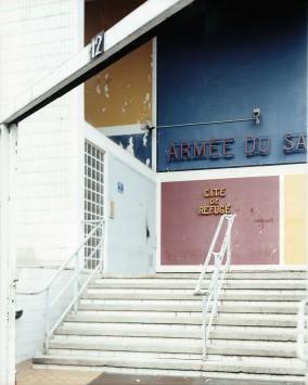 Guido Guidi, Cité de Refuge, 2003, stampa a contatto, cm 20x25, © Guido Guidi, courtesy Viasaterna